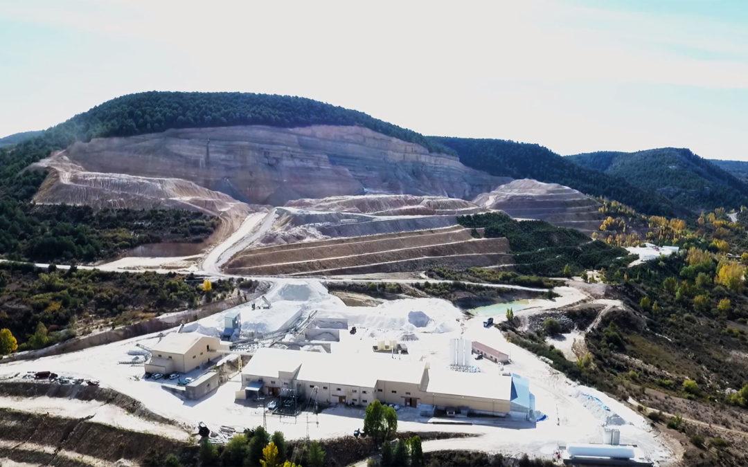 Descubre en vídeo las minas y plantas de tratamiento de caolín de Caobar